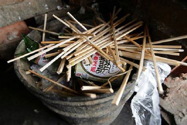 45 Billion Chopsticks Disposed in China