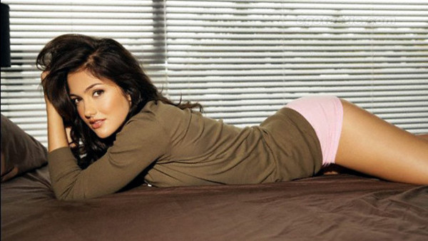 Minka Kelly Hottest Women Actress in Hollywood