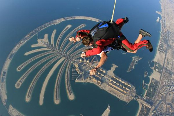 Palm islands Skydiving in Dubai