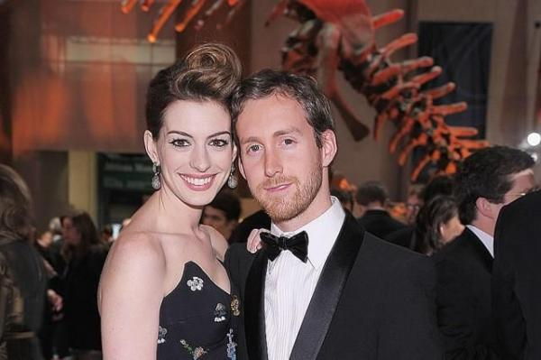 Anne Hathaway With Husband Adam Schulman