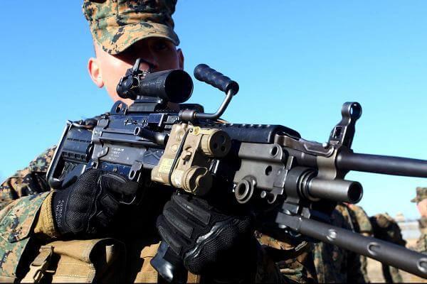 M249 light Machine Gun