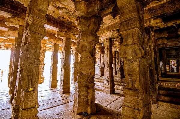 Lepakshi Veerabhadra Temple