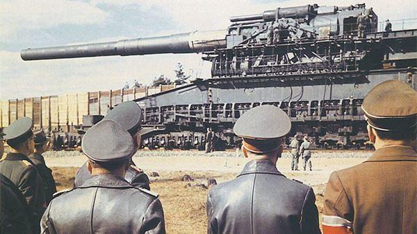 Dora and Gustav Rail Cannon